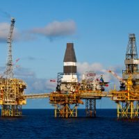 Why Students Should Consider Logistics in the Oil and Gas Industry